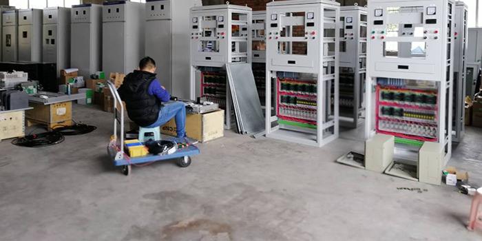 华普拓电气疫情下复工7天交付24台电气柜