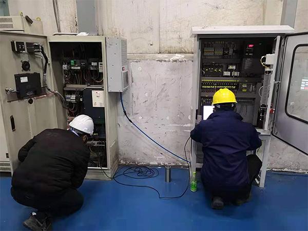 华普拓电气为苏州巴塞尔公司进行除尘电气柜升级改造