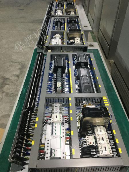 欧姆龙PLC控制盘1