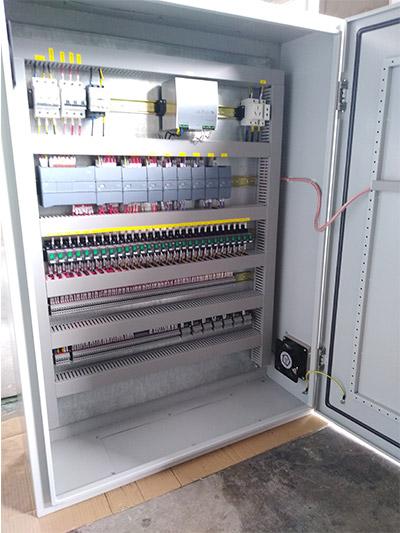 A西门子控制器1200系列