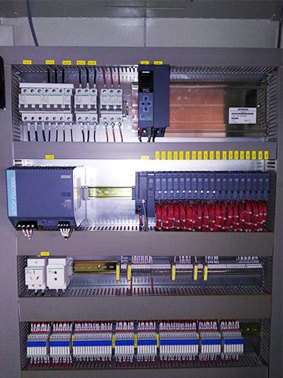 机器人PLC控制柜
