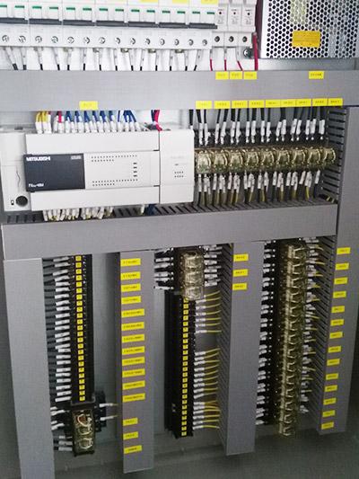 PLC三菱控制柜FX/Q系列