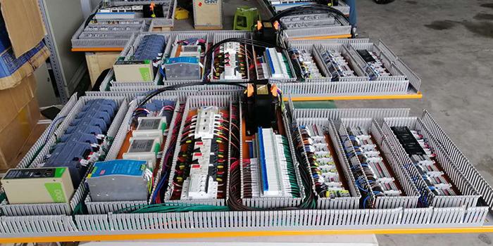 好的plc成套控制柜厂家是如何给plc电气控制柜做接线布局的?