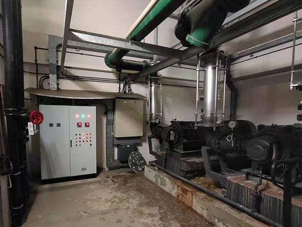 上海某商厦供水系统改造160KWABB软起动柜